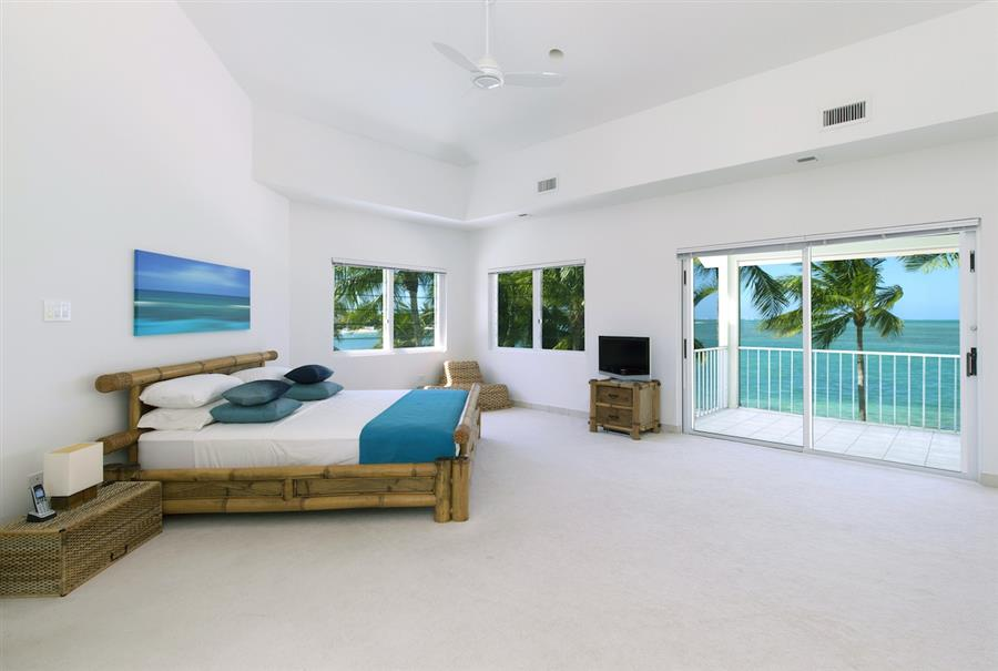 Kai Zen Cayman Kai Beach Front Home Sunset Views